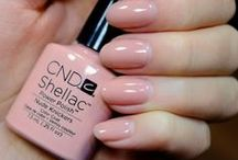 CND / Creative Nail Design is an American brand we sell here in Belgium.