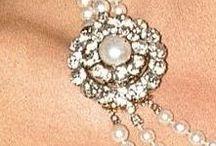 Oranje, juwelen en andere schatten / Juwelen en bijzondere bezittingen van de Nederlandse koninklijke familie