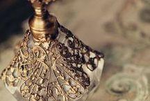 Parfums vintage / Parfums Vintage Anciens Old Perfume Fragrance History Histoire Parfumerie Perfumery Flacon Bottle Gold Diamond