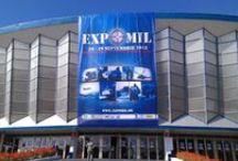 EXPOMIL 2013 / În perioada 26-29.09.2013 s-a desfăşurat, la Complexul Expoziţional ROMEXPO, cea de-a opta ediţie a Expoziţiei Internaţionale pentru Echipament Militar - EXPOMIL 2013. Standul Serviciului Român de Informaţii a prezentat tehnologii de vârf, rezultate ale cercetării proprii sau derulate în parteneriat cu instituţii de prestigiu din domeniul securităţii şi apărării.