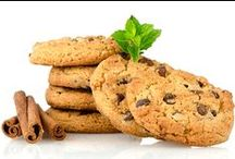 ~ Cookies N Biscuits ~ / Everything for and about making cookies and biscuits with full recipes and/or tutorials included in the description or photo-link !! / by Maria Maad