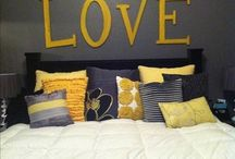 Bedroom Ideas / Black and gold
