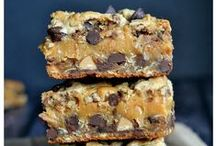 Bar Desserts / Bar Desserts are so quick and easy to make. They are the perfect go-to for a party, potluck or bake sale