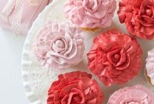 Cupcakes / All things cupcake - recipes, frosting, decorations.