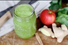 Vegan | Veganistische Smoothies & Sapjes / Lekkere en gezonde vegan recepten voor veganistische smoothies en sapjes, gemaakt met fruit en groenten in de blender of  slowjuicer.  Makkelijk en vol groene groenten, amandel melk, Chia zaden, kokos water. Maak ze voor je ontbijt of als onderdeel van een dieet.