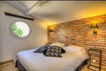 VILLA 45 : Nos 5 chambres d'hôtes de charme - Our 5 charming B&B / Venez vous reposer dans nos 5 chambres d'hôtes de charme entièrement indépendantes face à Saint-Paul de Vence - Entre Nice et Cannes - Côte d'Azur [www.villa45.fr]