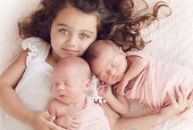 newborn photo ideas / poses, props and colors for newborn photography sessions with new babies and their parents and siblings
