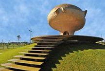 sculpture, architecture
