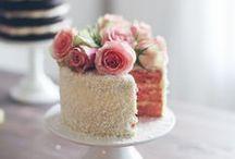 ~ Wedding Cake & Patisseries ~ / N'en perdez pas une miette ! Hum... Si c'est aussi beau que bon ça doit être un régal ! Faites le plein de gourmandises !