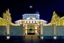 Fashion House Warszawa / Centrum typu outlet. Ponad 120 sklepów światowych marek, w których zawsze kupisz więcej za mniej!