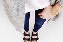 Lookbook: Black Sandals