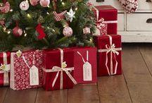 Fa La La La La / Christmas decor and activities / by Amanda Ah Sue