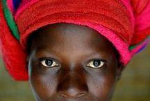 Portraits du monde / by Maïthé Trolliet