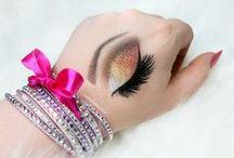 Hand Makeup , Makeup Chart  , Hand Art / Makeup Art on Hand , Hand Makeup , Eye on Hand