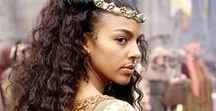 Mood: Royals, Nobles & Peasants