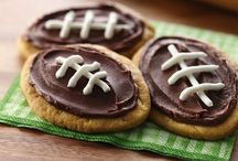 Football Fun / Great Football Game Day and Party Ideas! -OSP- / by Oh So Petite