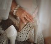 Detale ślubne / Fotografia detali ślubnych: obrączek, ozdób sali weselnych, pierścionków zaręczynowych, kwiatów, wszystkiego co składa się na ten jedyny dzień ślubu. Inspiracja ślubna.