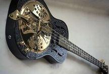 Wishlist Acoustic Bass / My wish list of acoustic, semi-acoustic and acoustic electric Bass Guitars https://sites.google.com/site/ukulelecorner/home/might-come/not-ukulele/acoustic-bass