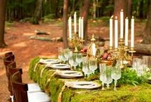 Woodsy Wedding {FiveSense Farm} / The natural look of a woodland wedding theme is a great way to make your outdoor wedding cohesive. Plus, even our sparkliest and craftiest decorations are hardly a match for the intricately patterns of nature.