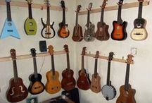 ♥♥♥ Old pins of my Collection ♥♥♥ / These are old pins of Ukuleles and other chordophones that I own, (or have owned), The best(? latest anyway) pins ar on my Ukuleles board, however the best place to view them is at home.ukulelecorner.co.uk