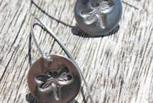 Nature and wildlife jewellery / Handmade silver jewellery inspired by nature and wildlife. Includes silver flower designs, silver leaf designs inspired by the flowers and plants in my garden.