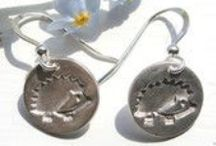 Etsy handmade jewellery / Handmade silver jewellery inspired by nature and wildlife and made by Little Silver Hedgehog on Etsy.
