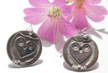 Owl jewellery / Owl jewellery handmade in fine silver by Little Silver Hedgehog. Includes owl pendants, owl earring, owl bracelet and owl cufflinks all inspired by a love of owls!