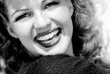 Rita Hayworth / The absolutely stunning Rita Hayworth