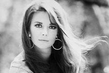 Natalie Wood / From a darling child star to a beautiful and sexy actress, Natalie Wood was gone too soon.