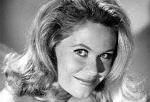 Elizabeth Montgomery / Growing up, I always loved watching Bewitched and thought Elizabeth Montgomery was so beautiful. I wanted to be like Samantha Stephens, even without the magical powers she  was still awesome.