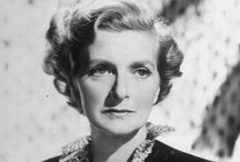 Gladys Cooper / A hugely talented character actress of yesteryear.