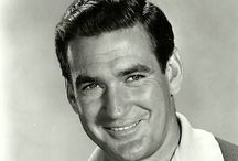 Rod Taylor / My second favourite Aussie actor (after Errol Flynn of course!). Rod just had that laid-back casual charm about him. And a winning smile!