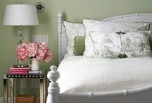 Beautiful Bedrooms / Sweet dreams would certainly await if one was to sleep in such elegance and beauty.