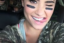 Demetria Lovato♥