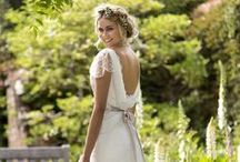 Gorgeous Wedding Dress Inspiration / Have you chosen your wedding dress yet? If not, take inspiration from our pin board.