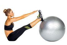 Workouts / by Elizabeth Kamal