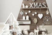 Festive | Christmas / I love the CHRISTmas period and all the fun decorating and crafts that come with it! / by Tarnya Harper