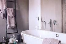 Bathrooms / by Tiare Molinare