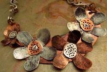 metal art jewelry / by Celina Carvalho