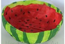 Summer Kid Crafts / Easy fun Summer Kid Crafts and Activities to keep them busy all summer long.