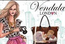Vendula London Fashion / Creativa 1001 Geschenkideen GmbH präsentiert Ihnen mit grossem Stolz als erstes Fachgeschäft in der Schweiz das britische Fashion- & Lifestyle Label Vendula London. Vendula steht für individuelle Taschen- und Accessoire-Designs mit viel Liebe zum Detail. Die aufwendige Applikationen lassen Sie deutlich aus dem Mainstream hervorstechen und vermitteln ein tolles Lebensgefühl !