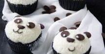 Kuchen, Muffins & Co. – Lust auf Süßes / Kuchen-Liebe! Hier sammeln wir unsere liebsten Kuchen-Rezepte, Torten, Muffins, Cupcakes & Co. Diese süßen Leckereien schmecken der ganzen Familie.