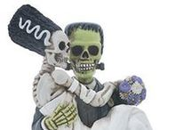 Halloween Home Decor to Buy / Resin statues to decorate your home for Halloween!