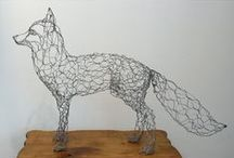 Chicken wire animal sculptures / Ideas for an art project to create large, life-like sculptures of animals using chicken wire