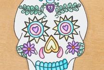 Day of the Dead Crafts / Dia de los Muertos / Did de los Muertos (Day of the Dead) arts and crafts lesson ideas and materials for elementary art students and their teachers. Drawing, painting, textiles, printmaking, collage, and sculpture. Links to worksheets, roll-a-dice games, lesson plans, unit plans, and inspiration can be found.