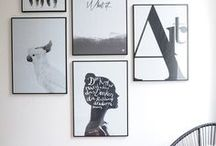 Gallery Wall, Wall Art, Wall Decor / How to create a perfect gallery wall? Get inspired by beautiful examples of wall decorations and wall art. living room ideas, apartment decorating, gallery wall living room, gallery wall ideas, modern gallery wall, photo decor wall, photo decorations, photo decor ideas, printable wall art, prints set wall art, poster set wall art, painting printables, original paintings, b&w prints, b&w printables, b&w wall decor