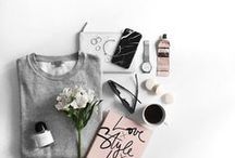 Fashion and Beauty Styled Stock & Flatlays / Beautiful flat lay compositions and styled stock photography, inspired by fashion and beauty products.  +++ flatlay, flatlay fashion, flatlay photograhy, flatlay styling