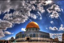 Tierra Santa / Ninguna zona en el mundo emanan tanta espiritualidad como Tierra Santa. Ya que es el centro religioso mundial para las tres religiones monoteístas: judaísmo, cristianismo e islamismo. .