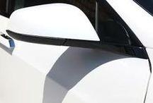 Tesla Retail / The green future of mobility.