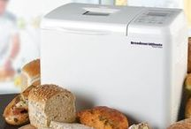 Kitchen Gadgets - Bread Makers / The only thing better than waking up in the morning to a slice of freshly-baked bread is waking up to the smell of fresh bread baking. Delicious. Here's a wide selection of cracking bread makers to suit your solid wood kitchen.